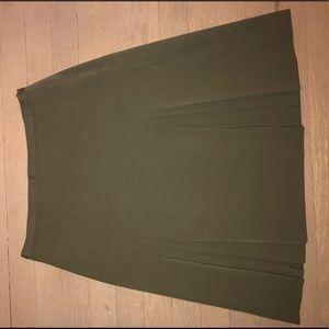 Burberry army green pleated knee length skirt